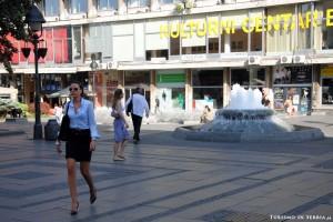 13 - Le ragazze del Centro di Belgrado